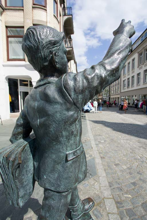 The-Paper-Boy-sculpture-in-Alesund-Norway