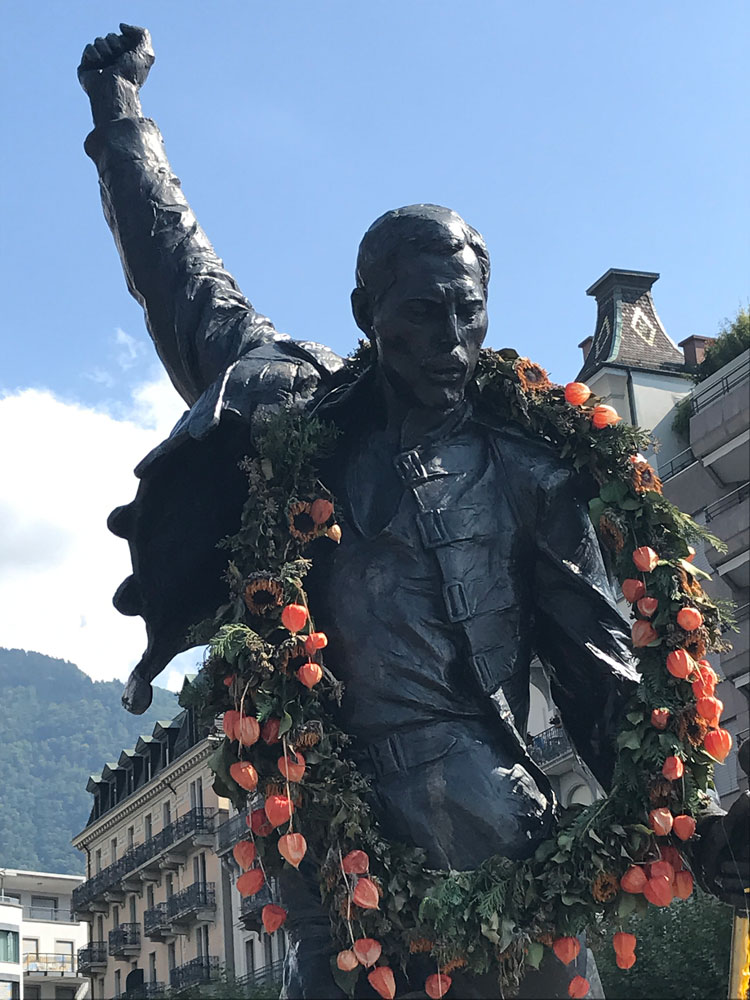 bronze statue of freddy mercury