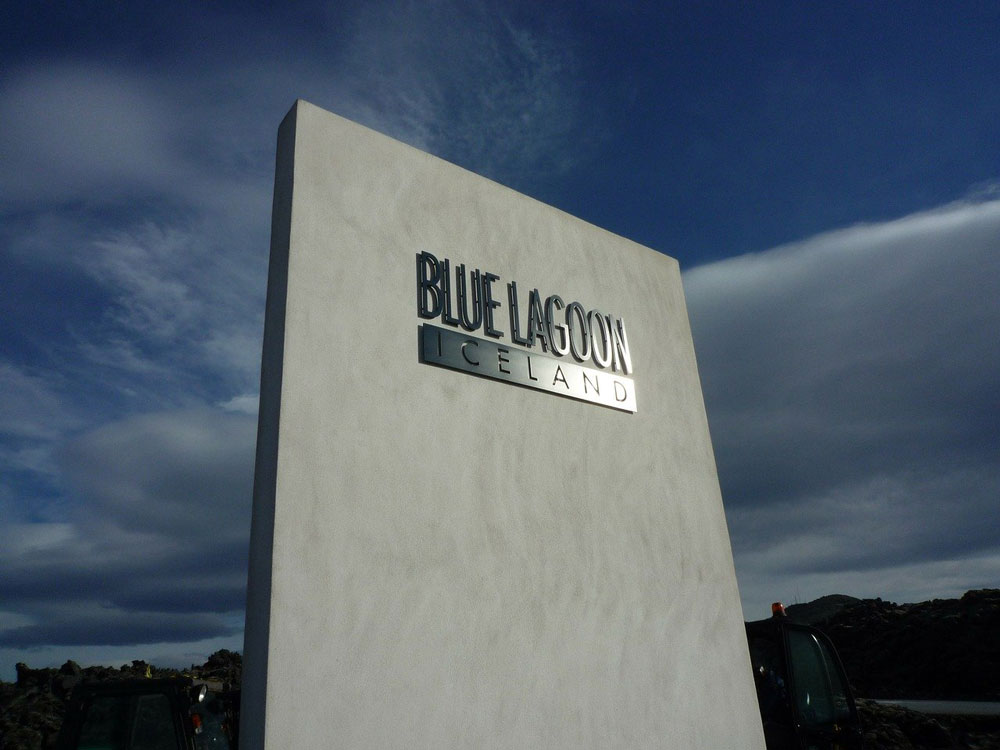 sign outside blue lagoon iceland