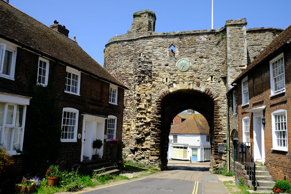 old-city-gate-in-rye