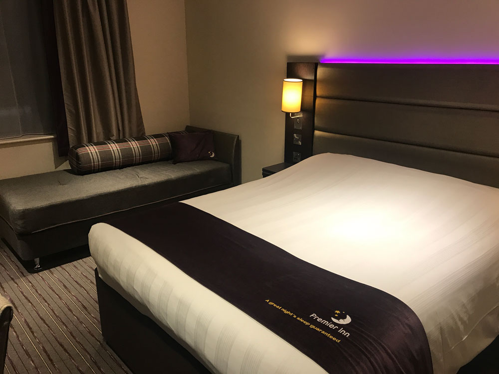 bed in hotel room included in premier inn london heathrow terminal 4 review