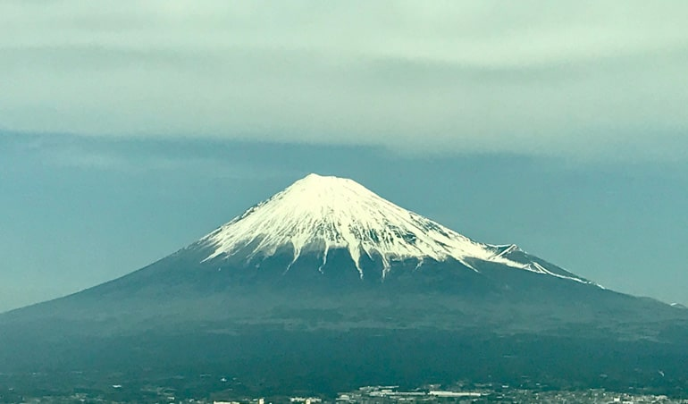 japan-mt-fuji-view-from-shinkansen